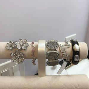 Jewelry - Bundle of 5 bracelets.